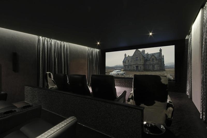 Screen Excellence presenta sus nuevas pantallas Contrast de rechazo de luz ambiental en ISE 2017